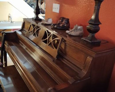Midtown Townhome Contents Sale
