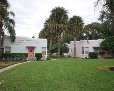Lakeside - Lake Davis Art Deco Cottage - Lake Davis - Greenwood