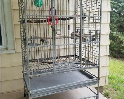 Medium Parrot/Bird Cage - Quality Construction