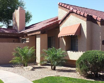 Tempe Condo Near Old Town Scottsdale, ASU, Chandler, Mesa, Cubs Spring Training! - Tempe