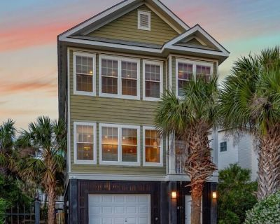 Pavilion a la Plage on Isle of Palms ~ PORCH, GAS GRILL, STEPS FROM THE BEACH! - Isle of Palms