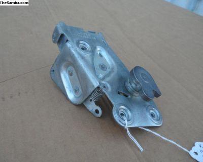K-Ghia door locking mechanism OEM Keiper 1967