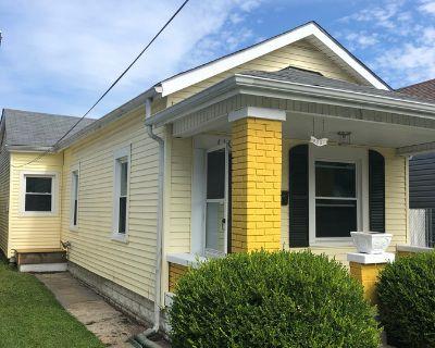 433 1/2 E. Brandeis Street