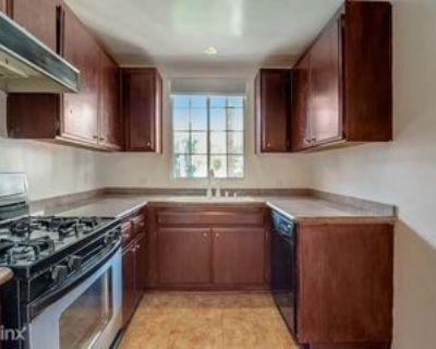 11670 W Sunset Blvd #210, Los Angeles, CA 90049 1 Bedroom Condo