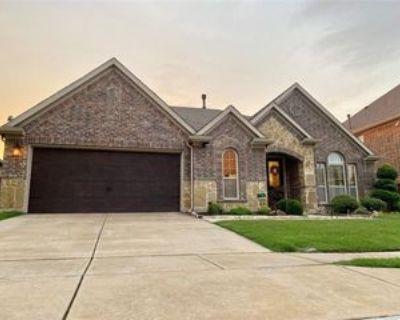 1386 Sandhurst Dr, Roanoke, TX 76262 4 Bedroom House