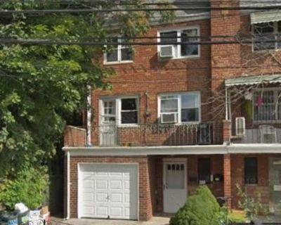 ID #: 1384546, Lovely 2 Bedroom Apartment for Rent in Elmhurst