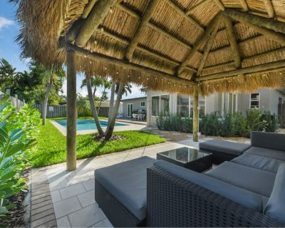 Amazing Tropical Retreat, Private Heated Pool Mins from the beach - Pompano Beach