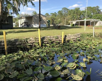 Waterfront Vacation Rental on Dunn's Creek of the St Johns River - Satsuma