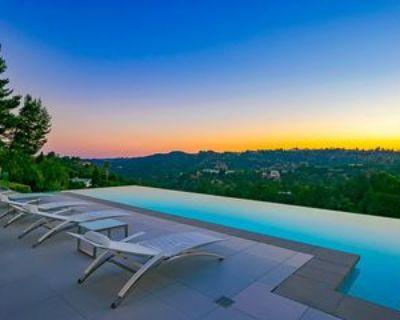 2791 Ellison Dr, Los Angeles, CA 90210 5 Bedroom Apartment