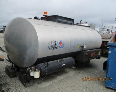 1993 Etnyre Distributor Tank 2000 Gallon