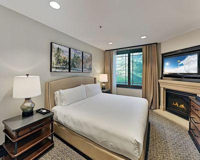 5-Star Resort Gem | Pool, Gym & Private Gondola | Jetted Tub, Gas Fireplace - Park City