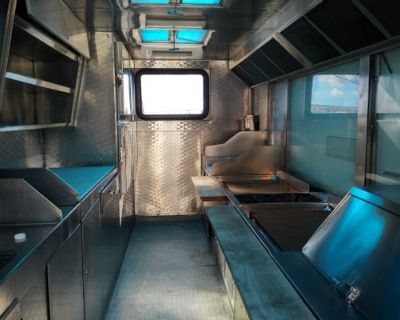 USE WHAT THE PROS USE L A PERMITTED - AA Cater Truck / Trailer Kitchen / 2008
