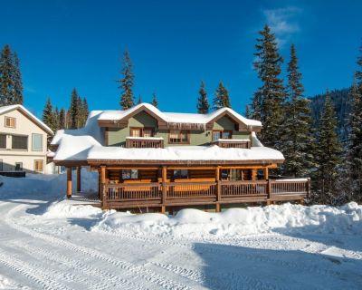 Family Friendly True Log Home experience - Sun Peaks