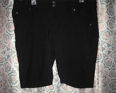 BLACK JEAN SHIRTS By: Sabrina Lauren SIZE 16-Wide 1-X BUT (can fit up to 18 as they have 3%-spandex & are more stretchy)