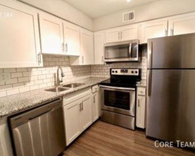3633 Walnut St #304, Kansas City, MO 64111 2 Bedroom Apartment