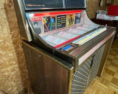 Estate Sale Mid/Century - Jukebox with Bar Advertisement & Neon signs