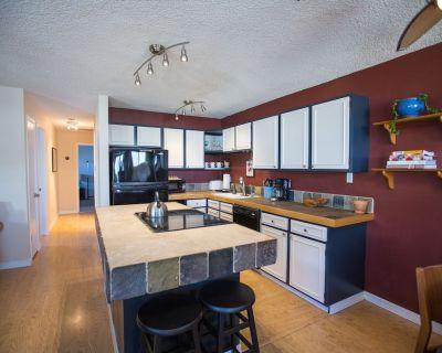 2 Bedroom Vacation Rental-Central Boulder - Park East