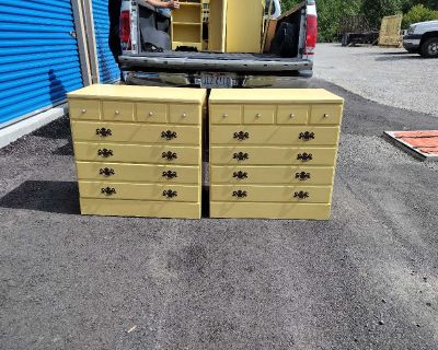 Ethan Allen Yellow Daffodil Dresser's