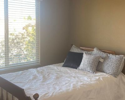 Private room with own bathroom - Rio Rancho , NM 87124