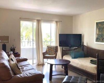 1610 Lenox Ave #402, Miami Beach, FL 33139 1 Bedroom Condo