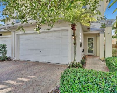 King Suite spa Style Bath/ Town Home Located in East Fort Lauderdale - Poinsettia Heights