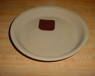 Gently Used Pampered Chef Family Heritage Stoneware Pie/Tart Baker Complete With Nylon Pan Scraper $10
