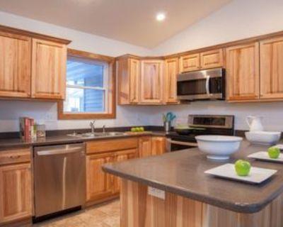 507 Lulu Ln, Roberts, WI 54023 3 Bedroom Apartment