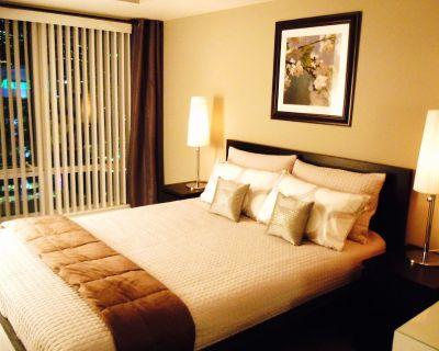 Luxury 1 Bedroom Condo in the Heart of Downtown Toronto - Garden District