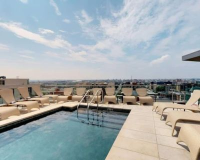 Gorgeous LUXURY condo on 14th st VIEW OF ALL OF DC - Columbia Heights