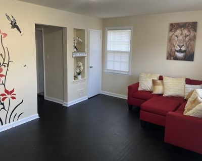 RENOVATED 3BR W/ BASEMENT COZY HOME - Hillcrest Heights
