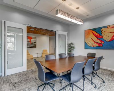 Convenient Conference Room with Concierge, Wifi, Smart TV, and Seating for 8, Arlington, VA