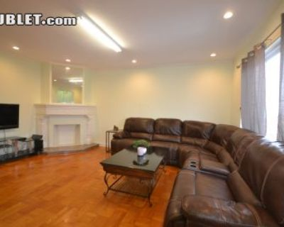 $3650 2 apartment in Parkside