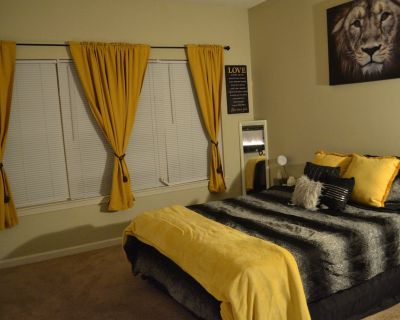 Luxury on a budget: Private 1 bedroom/1 bathroom guest suite - Mableton