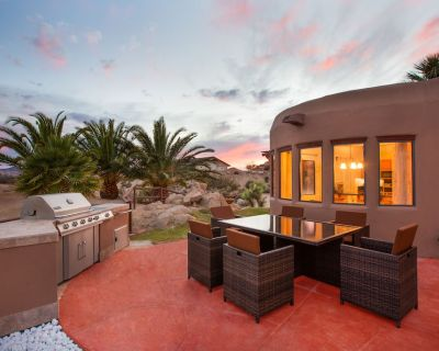 Casa Ourea--Among the boulders, Life in Elsewhere - Yucca Valley
