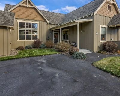 Fully Furnished Eagle Crest Resort Home - Close to town/work retreat! - Redmond