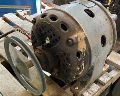 Century repulsion induction motor 220V, 1ph, 1 1/2