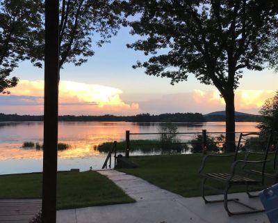 Blue Heron Lake Home: Relaxing Lake Wausau Retreat Near Downtown & Granite Peak! - Schofield