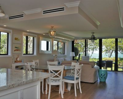 100% Remodeled Bayfront Townhome With Sunset Views And 36' Boat Slip! - Key Largo