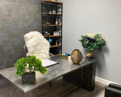 Luxurious Private Office Space, Fayetteville, GA
