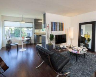 964 Larrabee St #204, West Hollywood, CA 90069 1 Bedroom Condo
