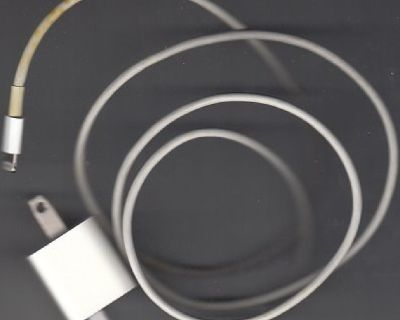 Apple iphone 5 S Charger Only !