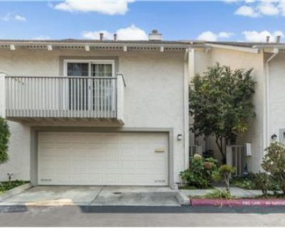 3BR/2B + Den Townhome in Cupertino