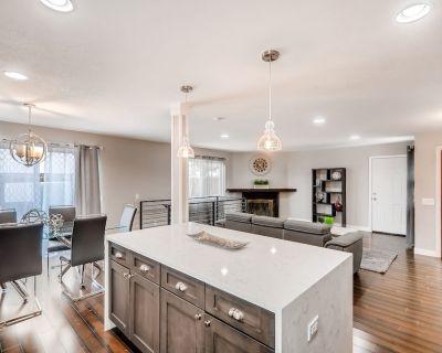 Fully remodeled 5 bedroom home in South Denver - Littleton