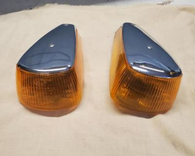 70-79 Front Turn Signals