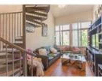 View House - 1 Bed 1.5 Baths