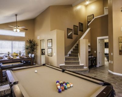 Tranquil Private Luxury Residence w/Pool, Spa, BBQ Island, Pool Table & Fun!! - Indio