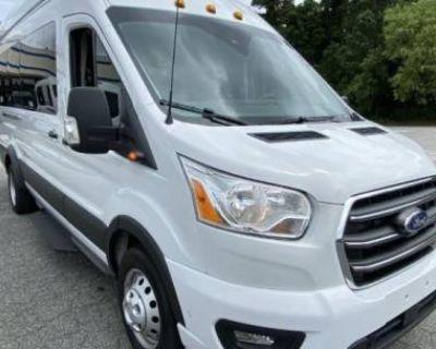2020 Ford Transit Passenger Wagon T-350 HD XLT