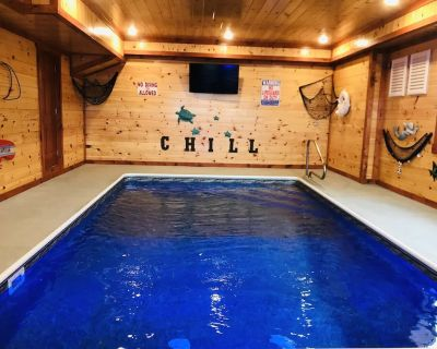 Private in-Cabin Heated Pool-Game Rm-Theater- King Beds-Views-Sleeps 32-EV2 - Pigeon Forge