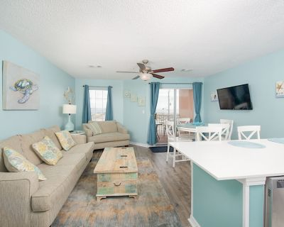 Inviting Gulf-View Condo with Pool & Hot Tub - Walk 2 Minutes to Beach - Gulf Shores