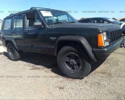 Salvage Green 1996 Jeep Cherokee